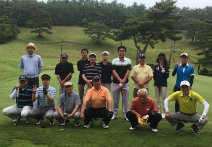 世代間交流ゴルフコンペ